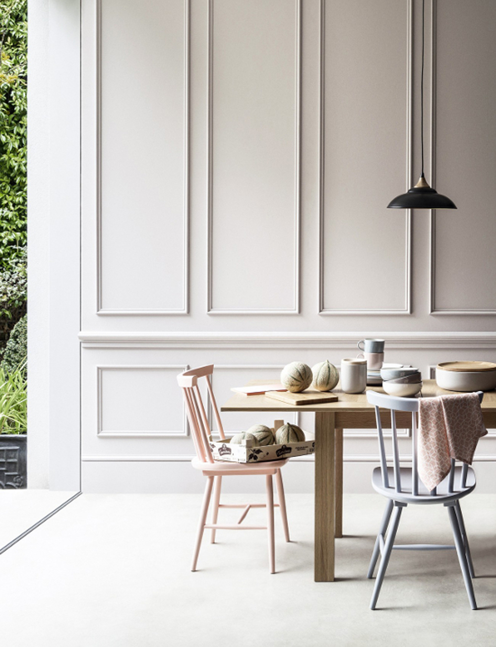 Pastel Dining Rooms That Are Straight out of A Fairy Tale 1