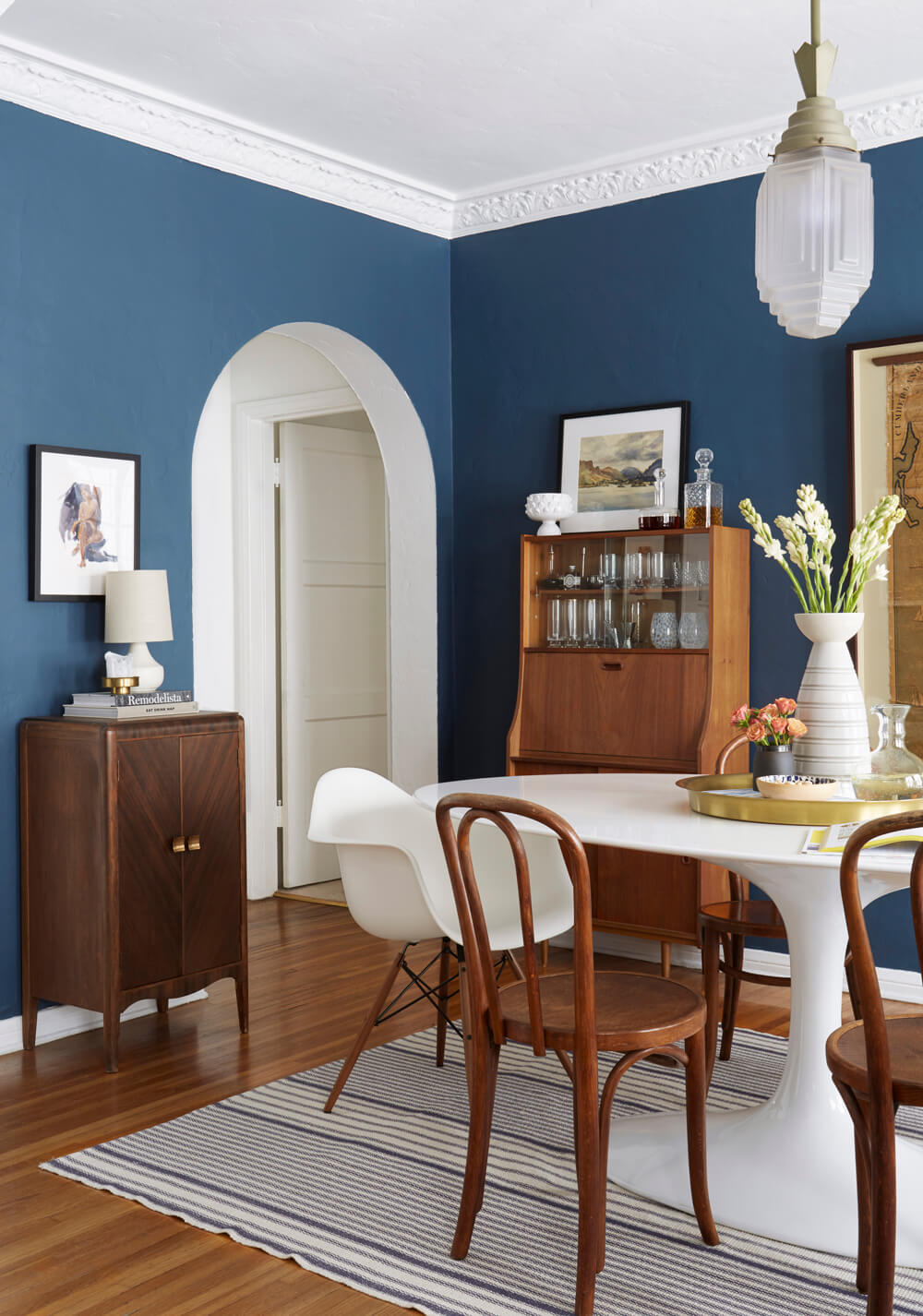 White And Blue Is A Match Made In Color Heaven You Can Tap Into This Clic Combination By Simply Using As An Accent Hue