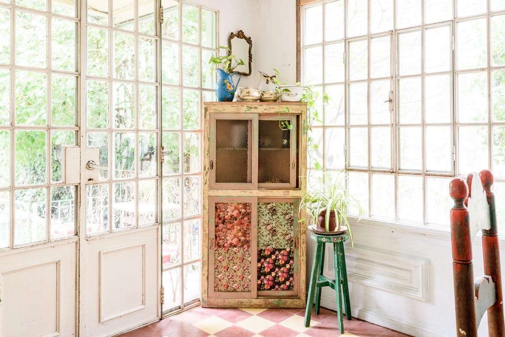 A Buenos Aires Home with A Dreamy Vintage Dining Room 2