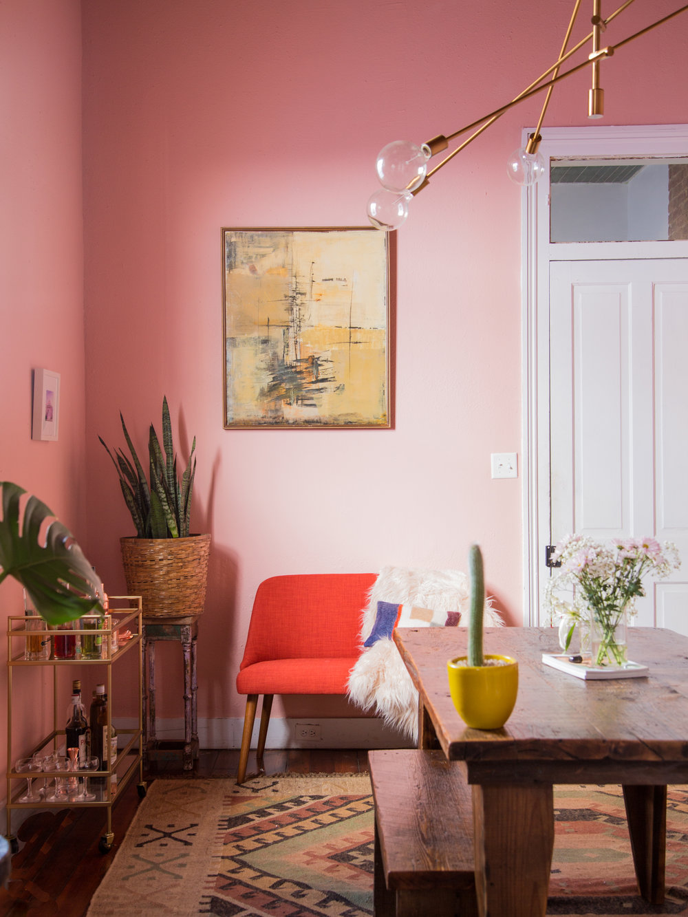 What S Hot On Pinterest 5 Pink Dining Rooms Room