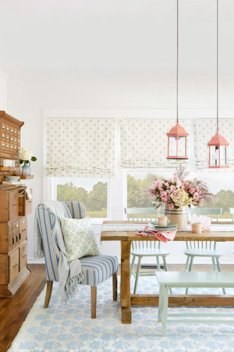 What's HOT On Pinterest 5 Vintage Dining Rooms!