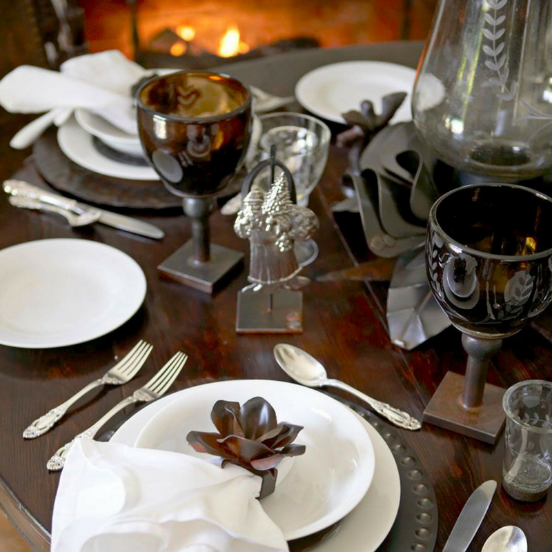 Wanting Something Really Romantic To Enchant Your Significant Other Prepare A Meal By The Fireplace With Special Details While Youre Having Dinner