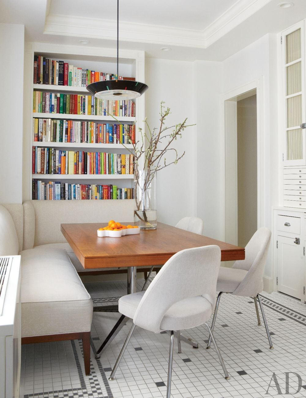 Interior Design Tips to Make the Most of Your Small Dining Room 8