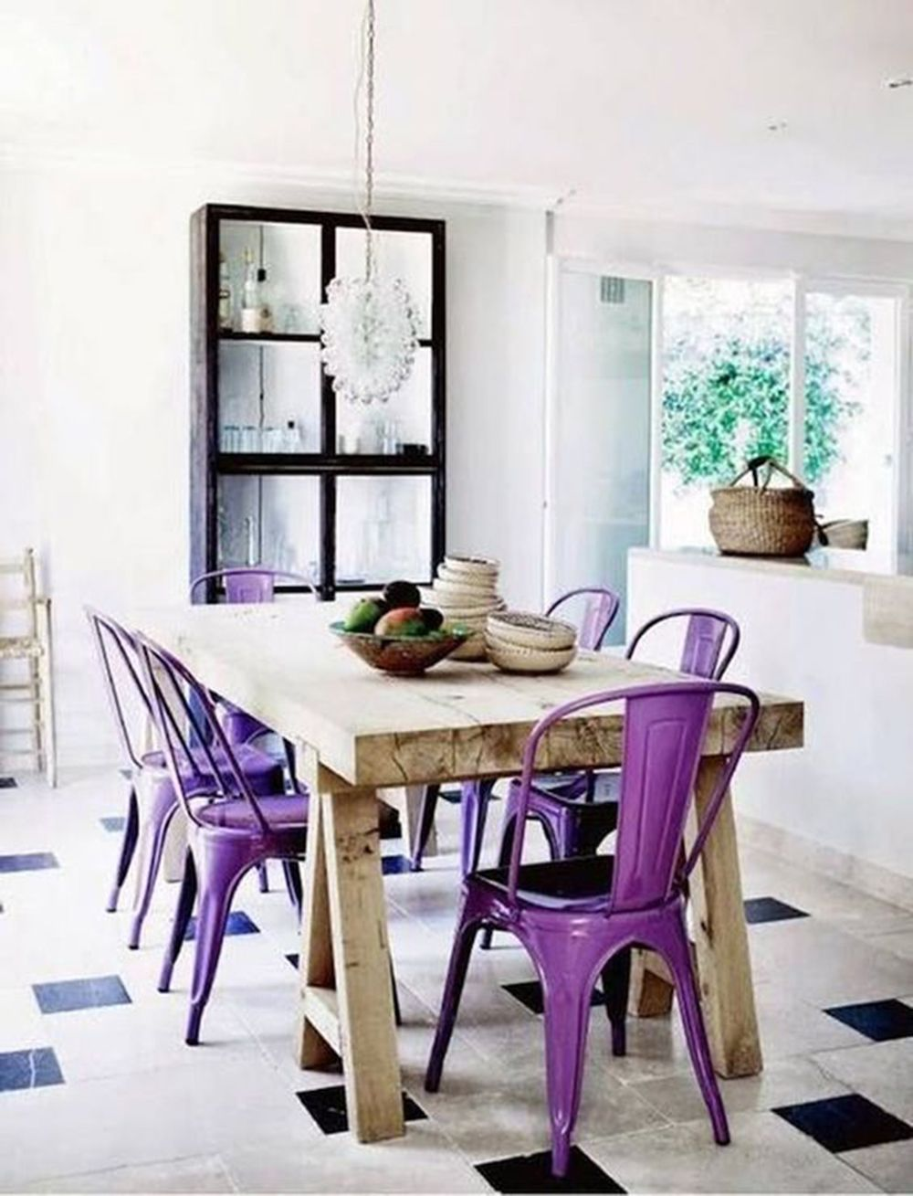 Find Out The Perfect Spring Colours For a Perfect Dining Room! 4