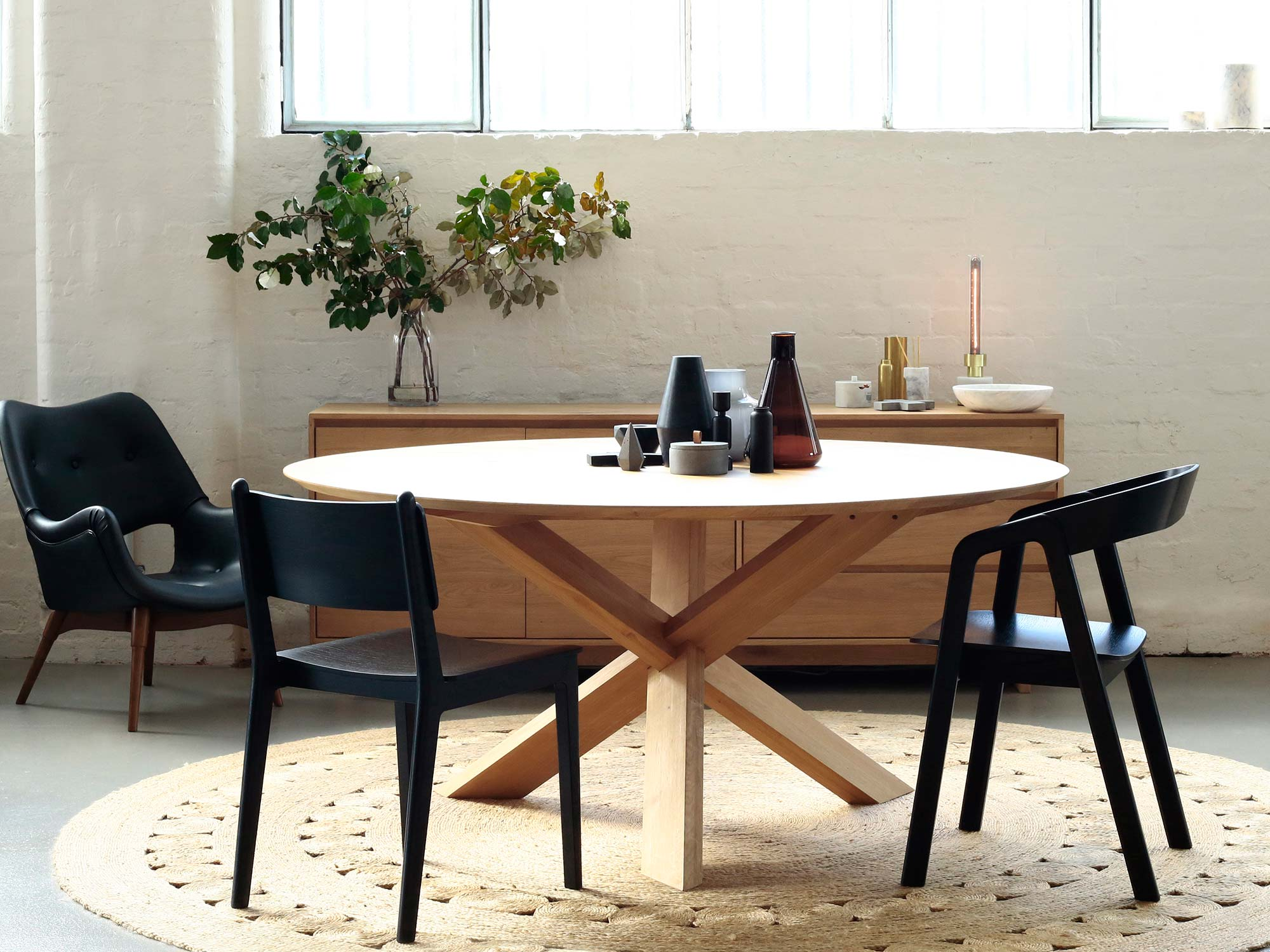 Turn Your Black Canvas Into Your Dreamy Dining Room! 1
