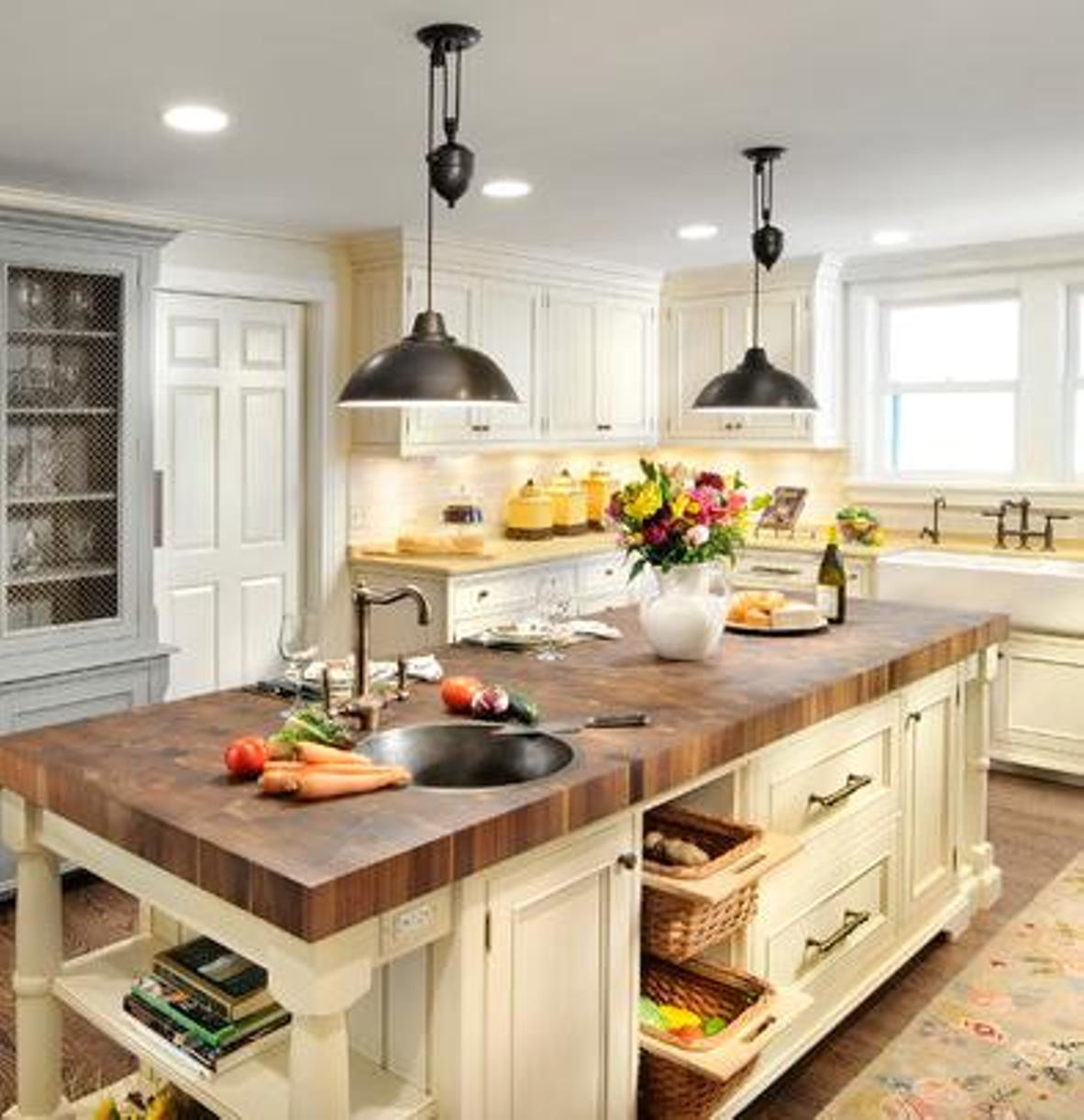 What S Hot On Pinterest Modern Farmhouse Lighting Is The Trick Dining Room