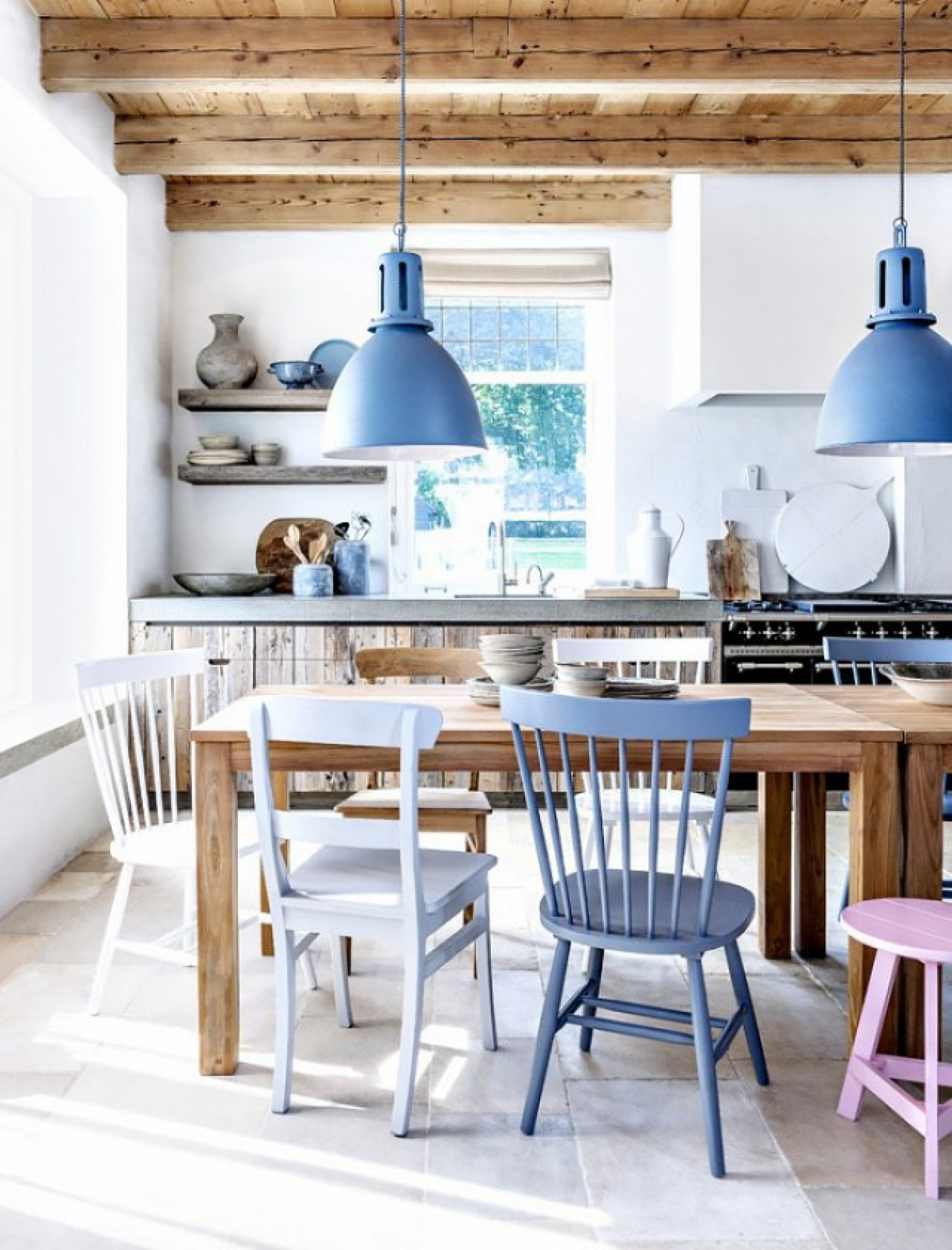 Introducing Colour Into Your Dining Room Decor Has Never Been So Easy 1