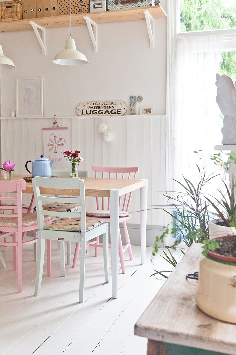Introducing Colour Into Your Dining Room Decor Has Never Been So Easy 3