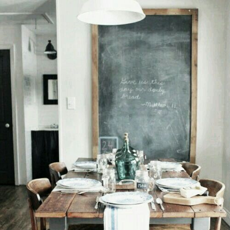 The Key To A Vintage Dining Room Is Details Right Here It Our First Example With Table And Chairs Made Of Wood However We Need Talk About