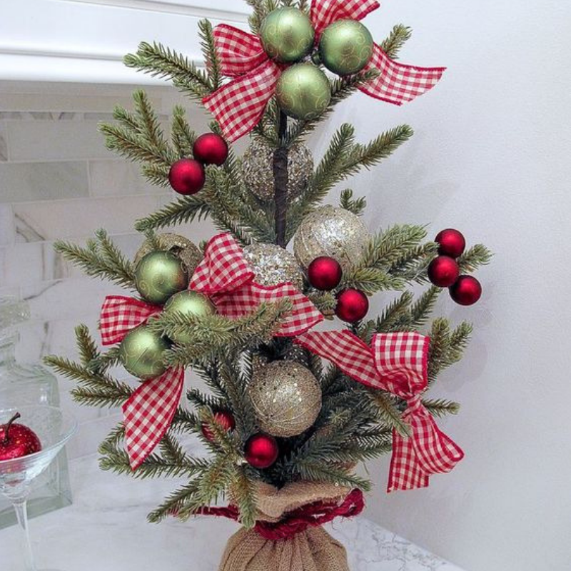 Christmas Final Touch For Your Dining Room Decoration (4)