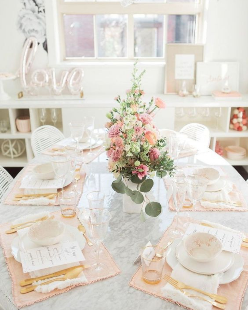 Romantic Dining Room Decoration For Your Valentines Day (2)