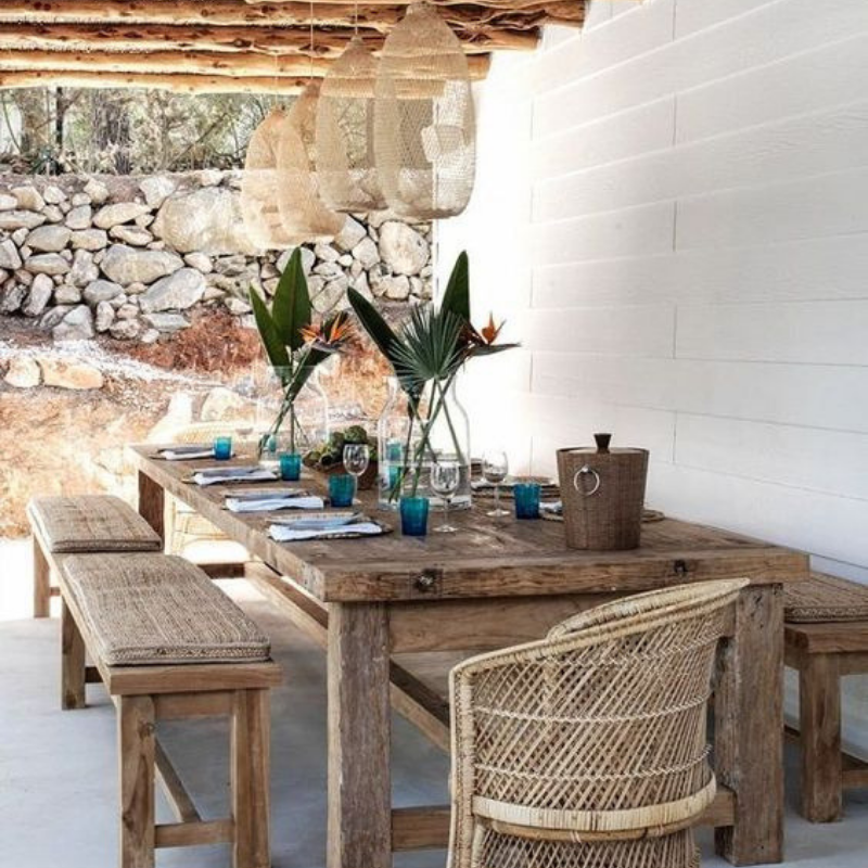 What's Hot On Pinterest Outdoor Dining Room Décor This Summer (2)