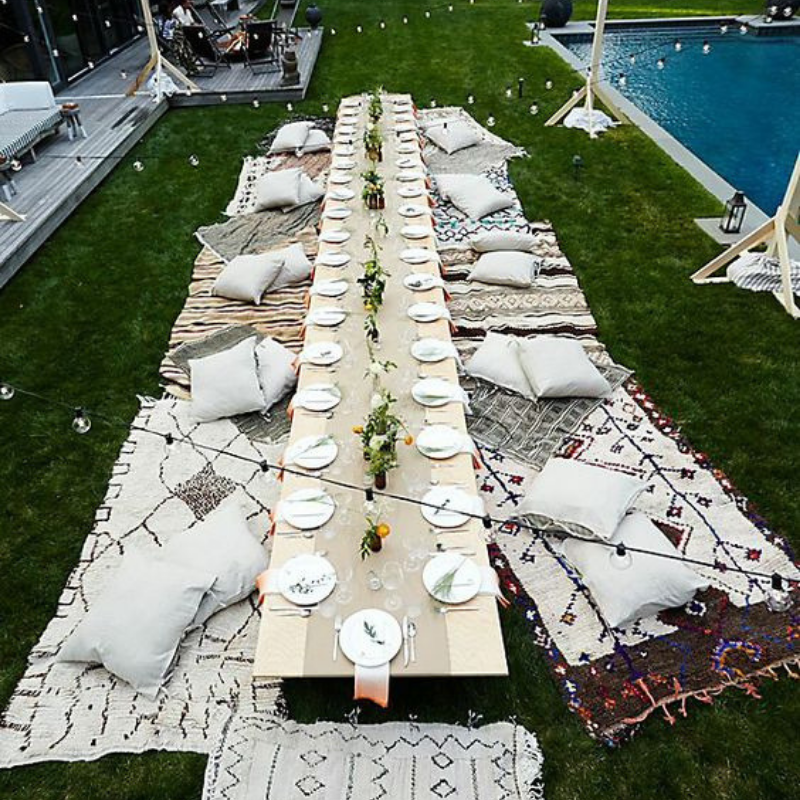 What's Hot On Pinterest Outdoor Dining Room Décor This Summer (4)