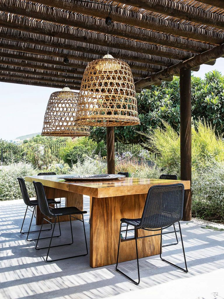 Outdoor Dining Room Lighting All You Need To Know 2