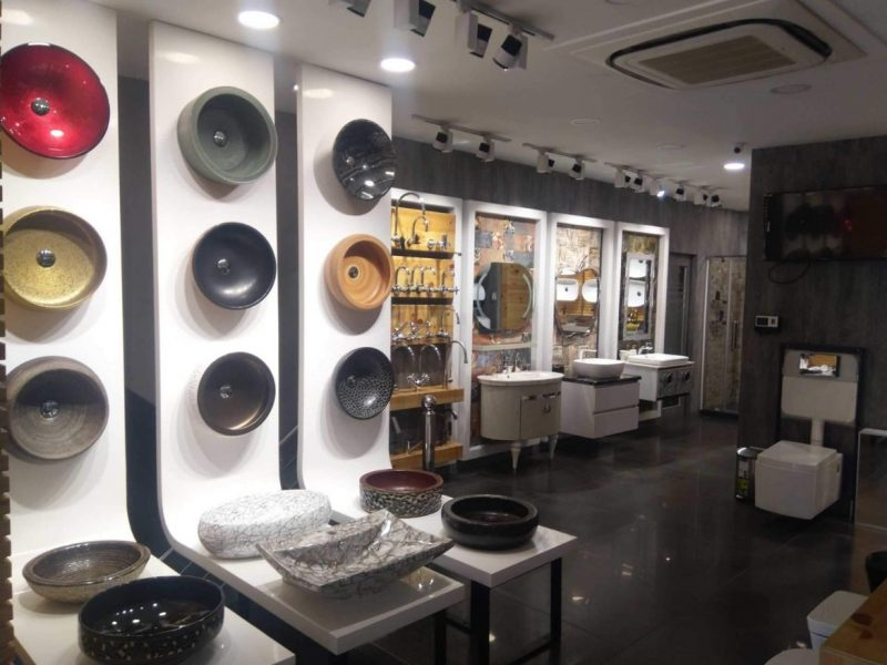 Fall In Love With The Best Showrooms Located In New Delhi!