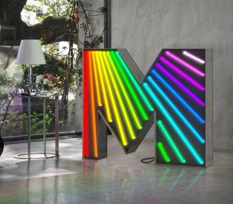 Discover The Ultimate Marquee Lamps That Will Enlighten Your Outdoors and Indoors 6